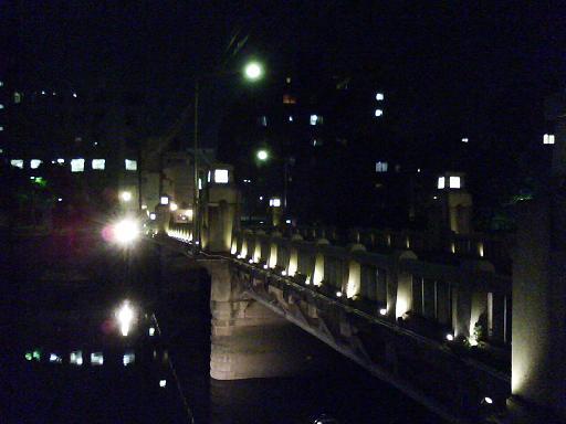 京橋を東詰から