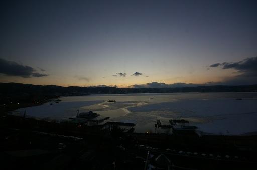 諏訪湖遠望
