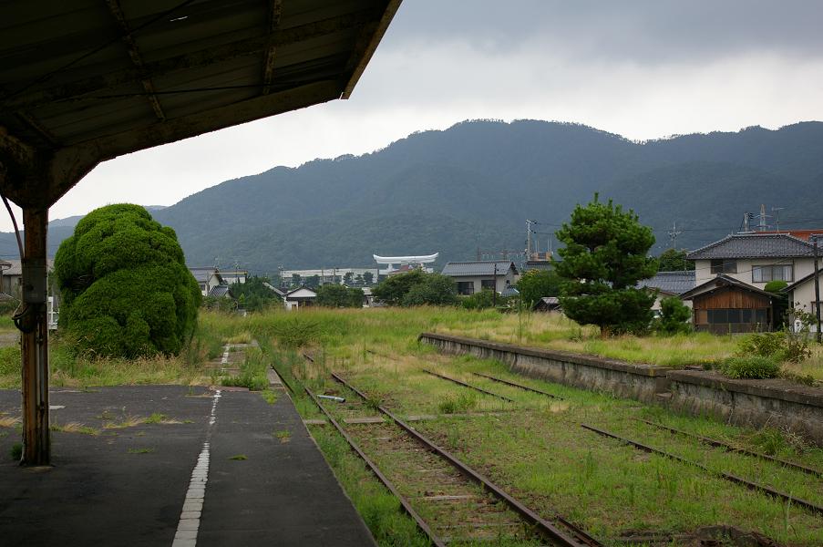 旧大社駅ホームから出雲大社方向