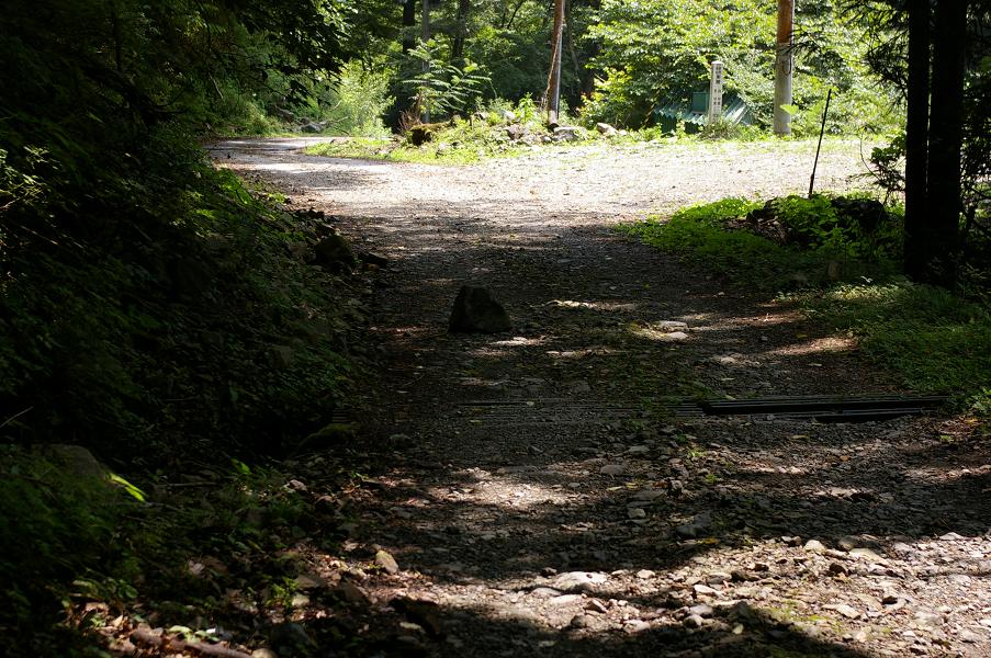 音水渓谷ガレ道